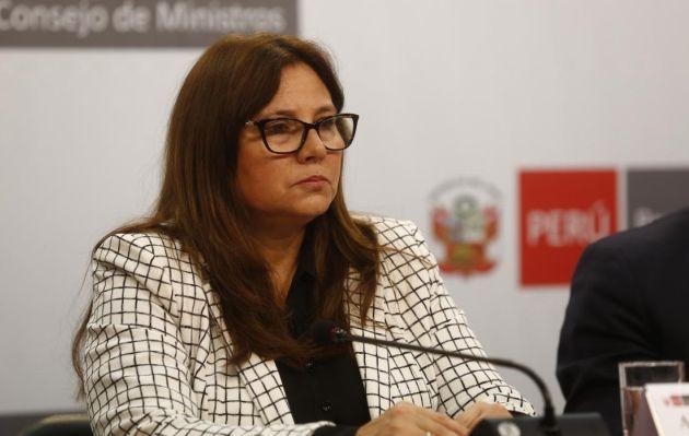 Ministra de la Mujer pide levantar inmunidad parlamentaria de Moisés Mamani