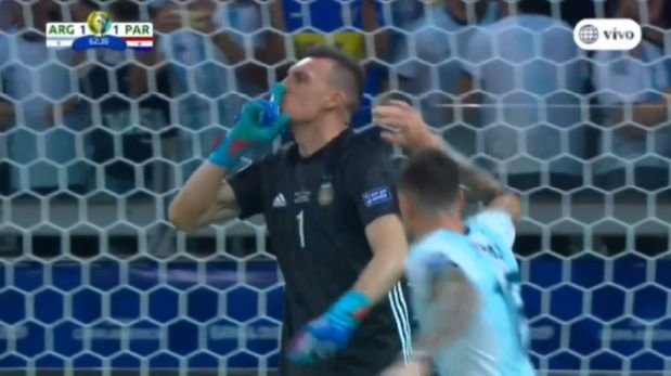 Argentina vs. Paraguay: Franco Armani atajó penal a Derlis González y evitó el 2-1 en Copa América   VIDEO
