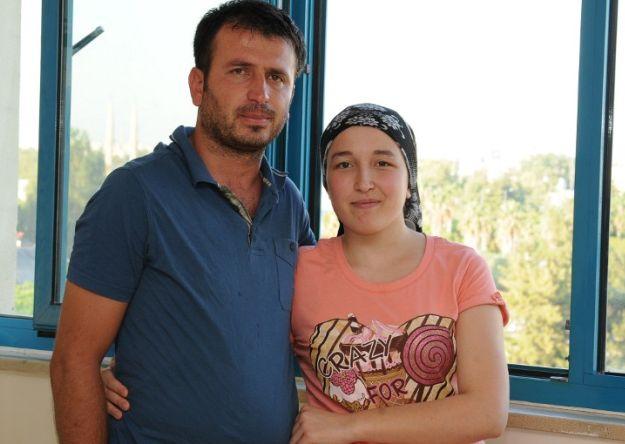 Interrumpen embarazo de la primera mujer en recibir trasplante de útero