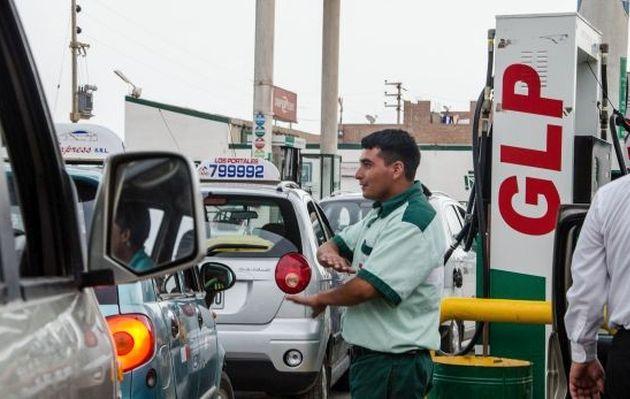 ¿Cuánto dinero al año puedes ahorrar en combustible con un auto GLP?