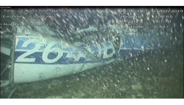 Emiliano Sala: Recuperan cuerpo desde restos de avión que transportaba a futbolista