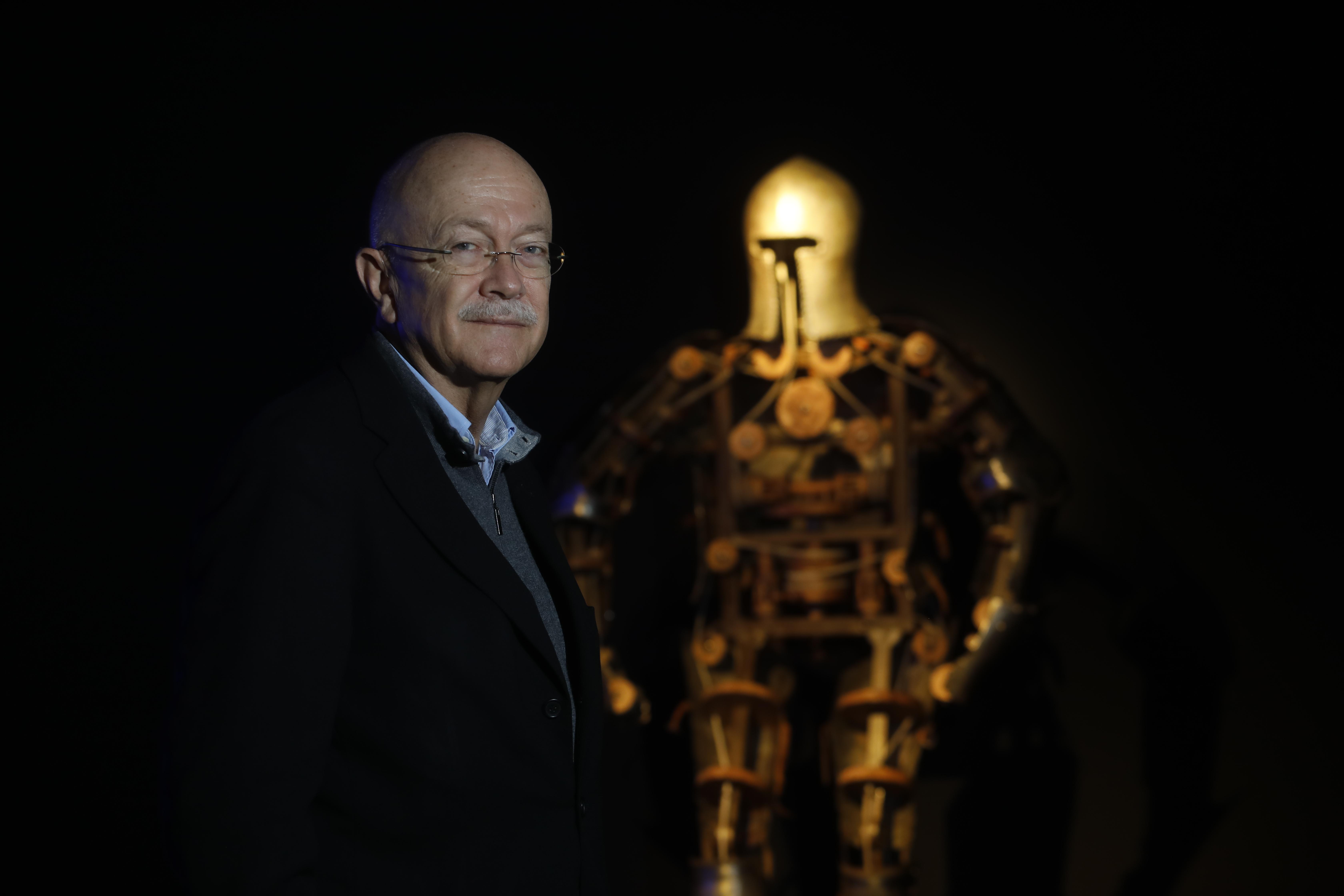Andrés Ortega, experto en robótica. (Fotos: Carlos Tamashiro).
