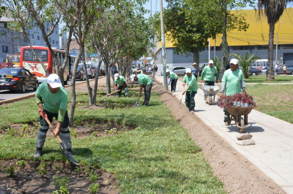 La Victoria recupera parques dañados por la delincuencia e informalidad | FOTOS