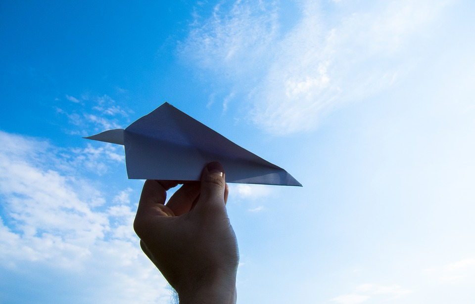 Lima: campeonato de avioncitos de papel este sábado