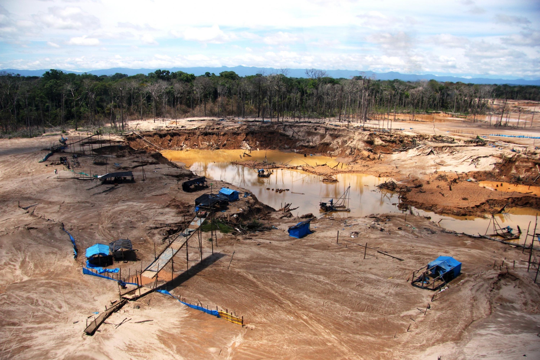 Perú: La minería más atroz