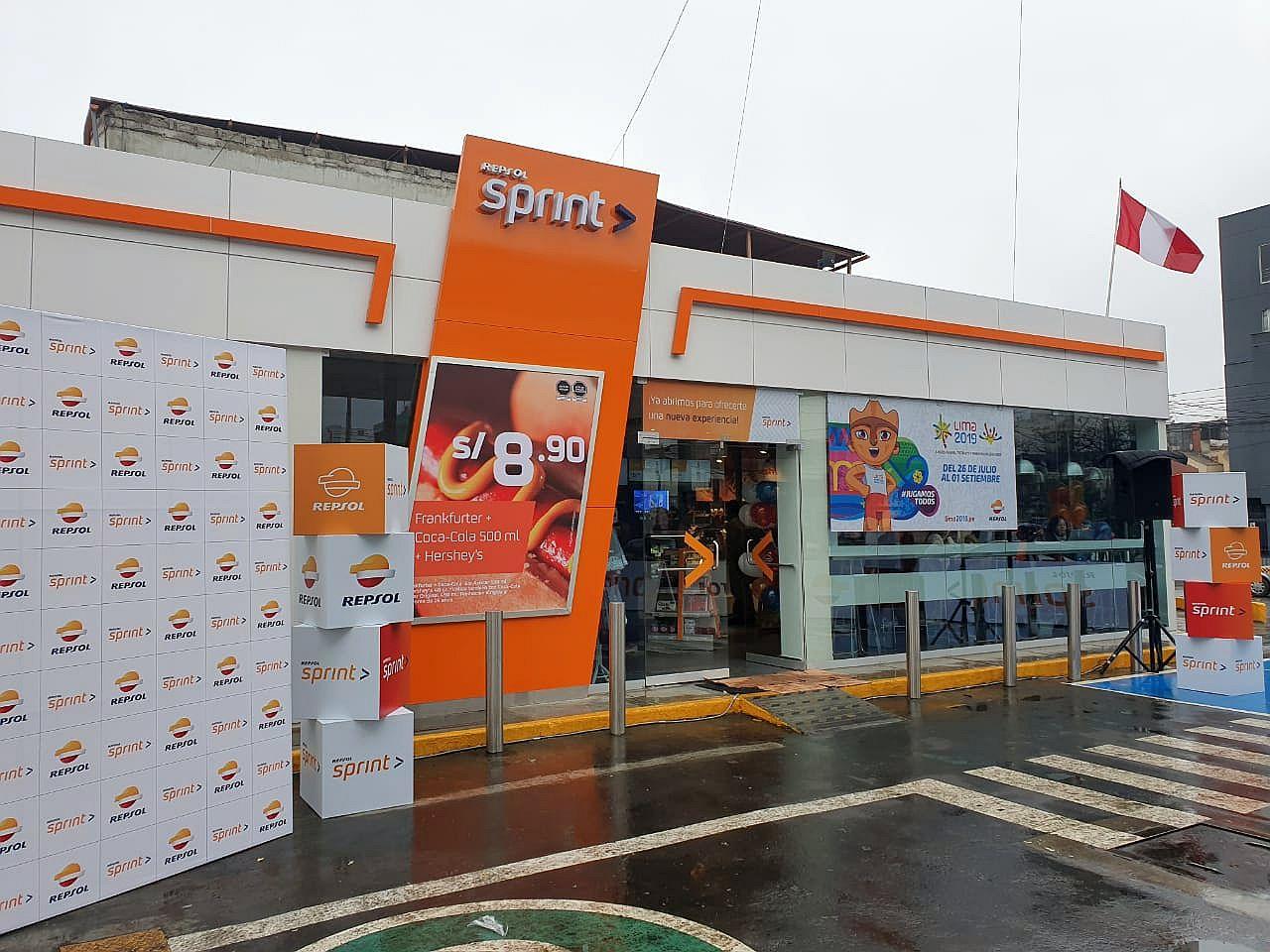 Repsol lanza nueva marca de tiendas de conveniencias para sus grifos