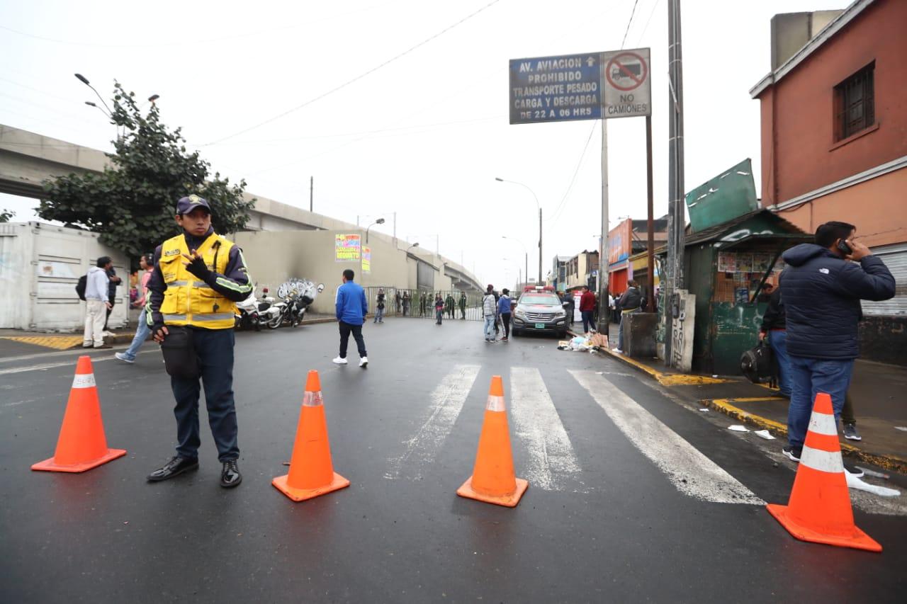 Tránsito vehicular se reabrirá al mediodía en la Avenida Aviación, según Municipalidad de Lima