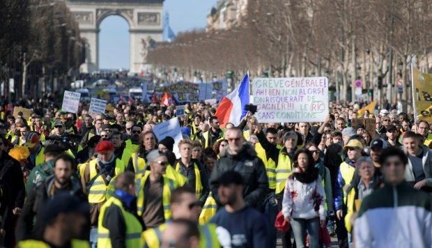 'Chalecos amarillos' cuestionados por insultos antisemitas y ataques contra Policía