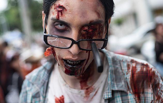 ¿Crees estar convirtiéndote en zombi? El British Medical Journal te responde