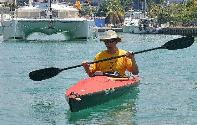 Deportista ciego intentará cruzar en kayak Estrecho de Florida