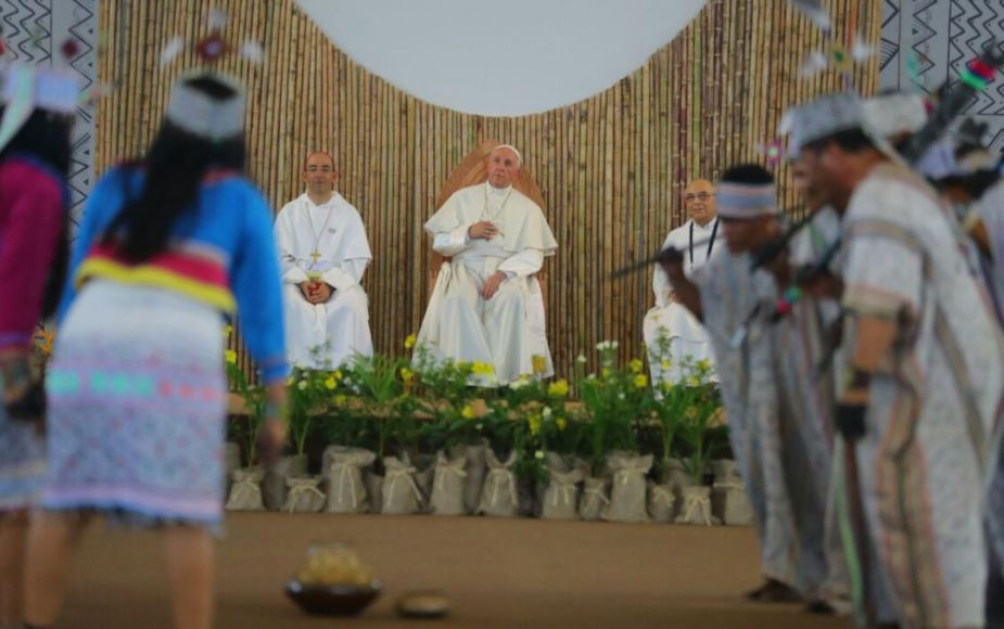 Papa Francisco condenó políticas de esterilización con desconocimiento de mujeres