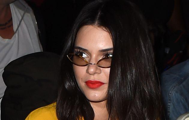 Kendall Jenner sufre de problemas de acné