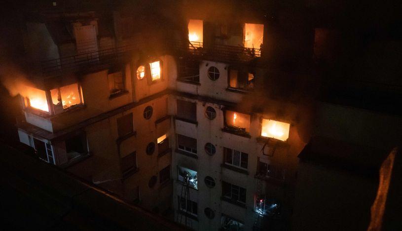 Diez muertos en un incendio aparentemente intencionado en un edificio de París | FOTOS