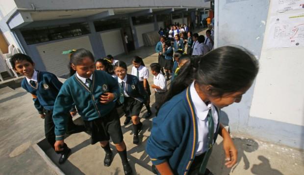 Perú: de casi 100 mil colegios públicos y privados, solo 60 están acreditados