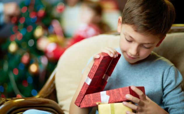 Navidad: ¿Cómo elegir el regalo ideal para tu hijo?