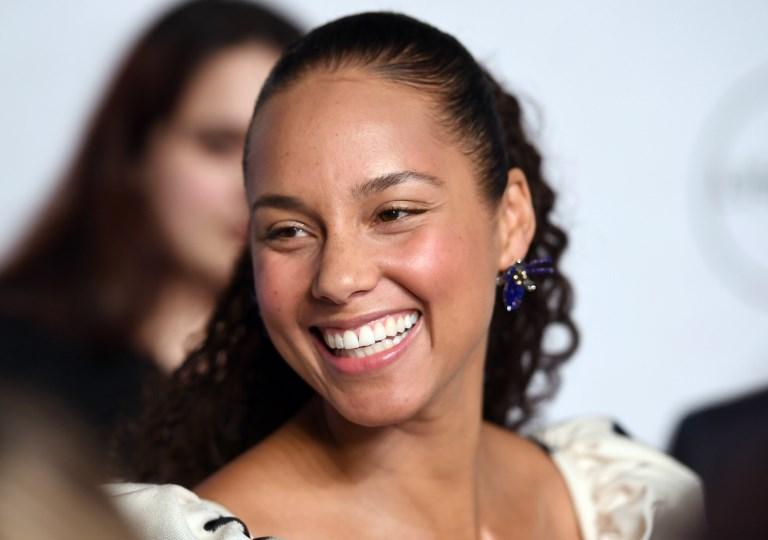 Grammy 2019: Alicia Keys revela que será la anfitriona de la gala con divertido clip en YouTube | VIDEO