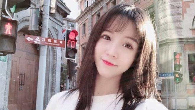 China: Estrella de Internet es condenada a prisión por insulto al himno nacional