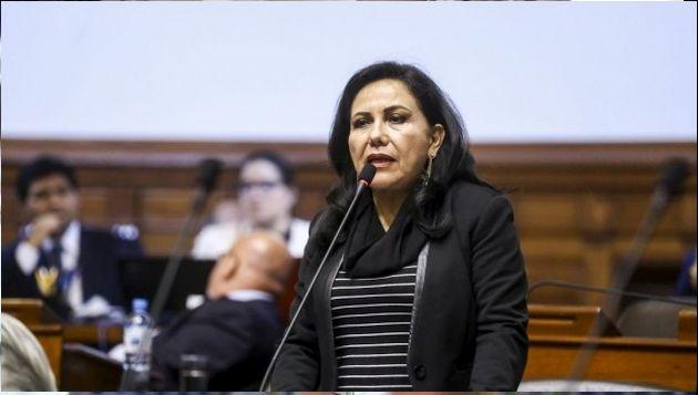 Gloria Montenegro: Congresistas exigen evaluación en el cargo de la ministra