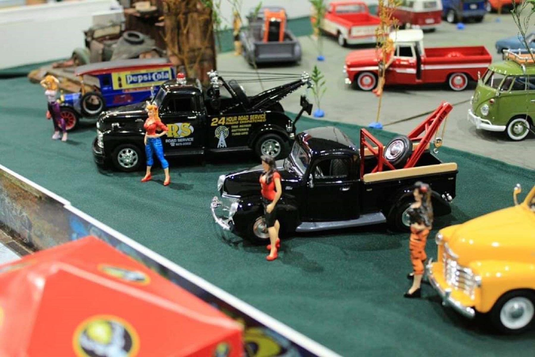 Exhibirán más de 2 mil réplicas de autos en diversas escalas este domingo en Surquillo