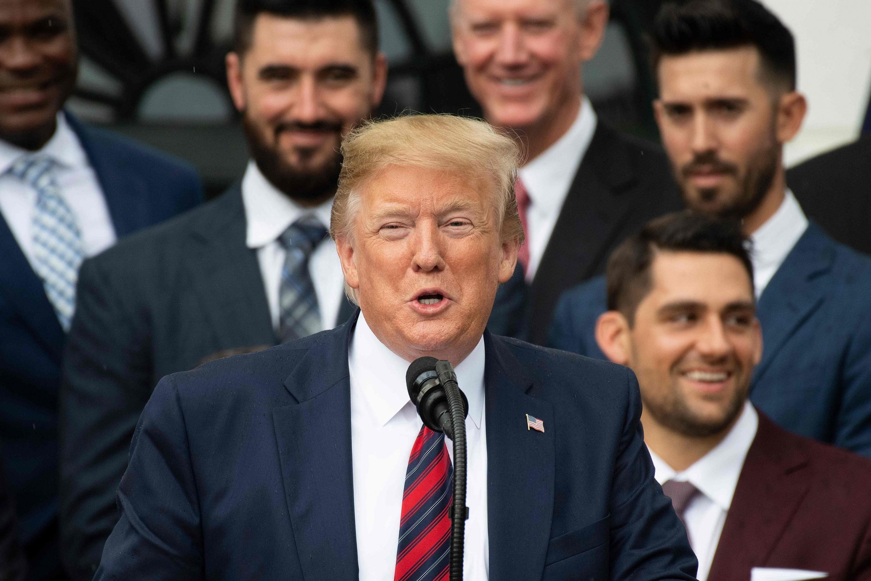 Estados Unidos agudiza guerra comercial al subir aranceles a importaciones de China