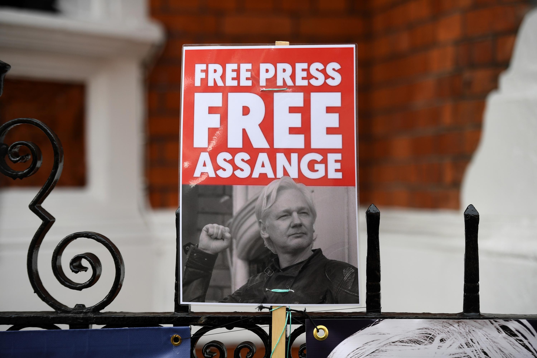 Julian Assange, fundador de WikiLeaks, fue arrestado este jueves en la embajada de Ecuador en Londres. (Foto: AFP)