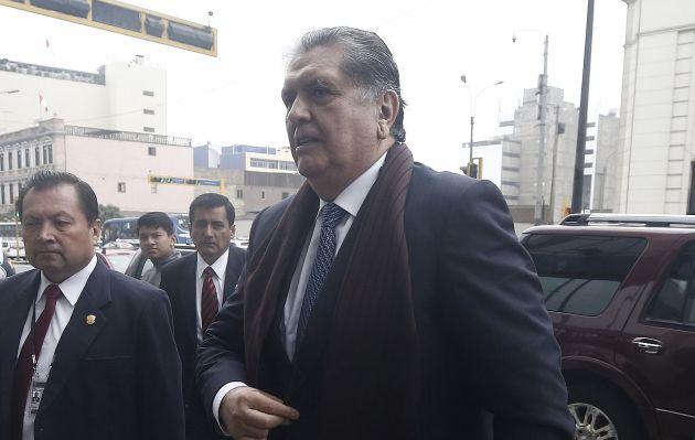 Falleció Alan García tras haberse disparado ante detención preliminar