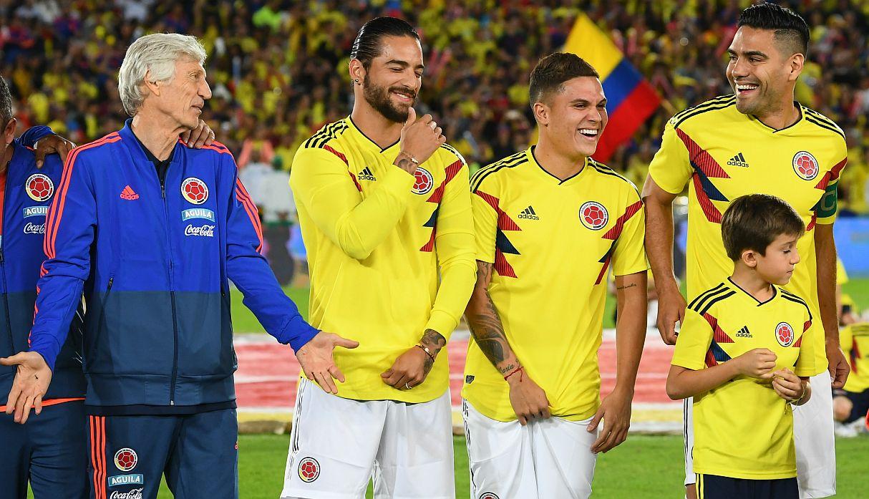 Maluma y la posibilidad de jugar fútbol profesional tras convertirse en una estrella musical | FOTOS