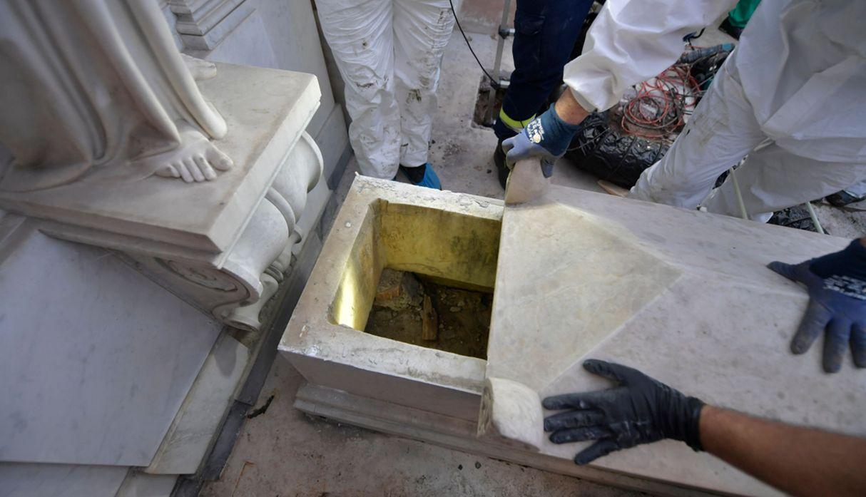 Las tumbas en el Vaticano donde buscaban a Emanuela Orlandi están vacías | FOTOS