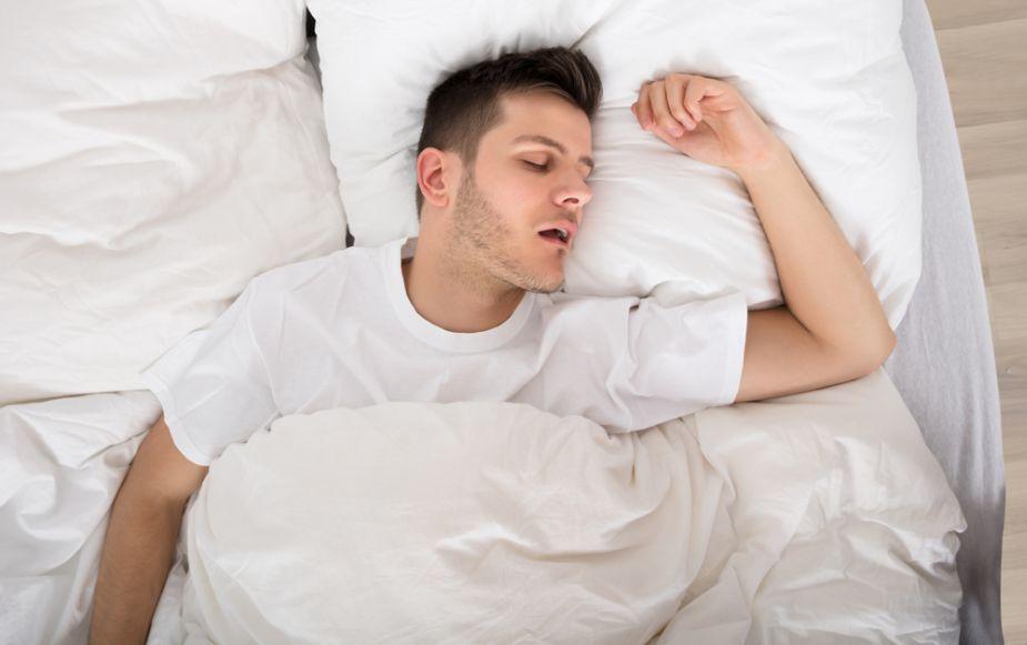 Dormir más podría hacerte bajar de peso, según estudio